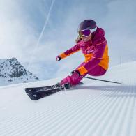 les astuces de wed'ze pour accrocher ses skis ensemble