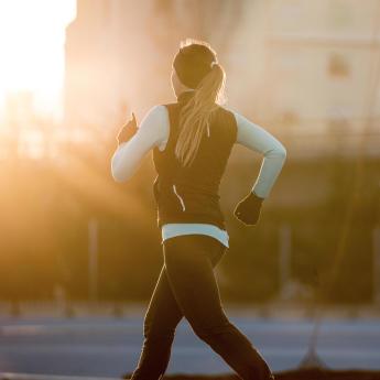 s'équiper en hiver marche athlétique chaud