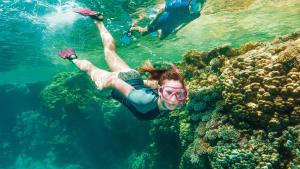 Snorkeling femme