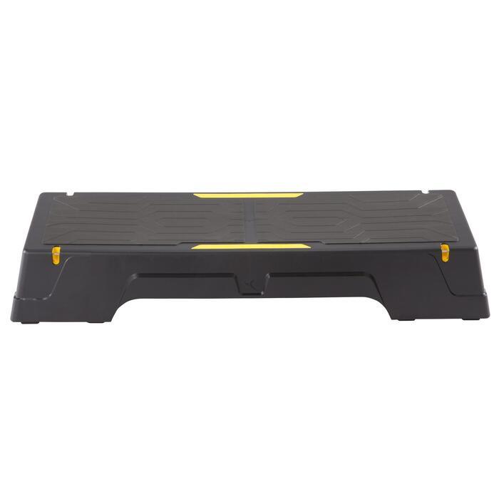 Producto reconducido Plataforma Step Cardio Fitness Domyos Comfort negro amarill