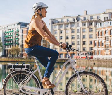 conseils-quel-vae-pour-quels-pratiques-femme-vélo-assistance-électrique-elops920