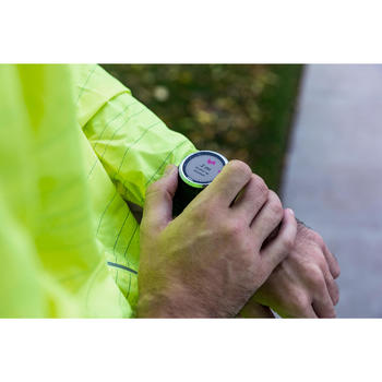 Gps-horloge met hartslagmeting aan de pols en muziek Forerunner 645 Garmin zwart