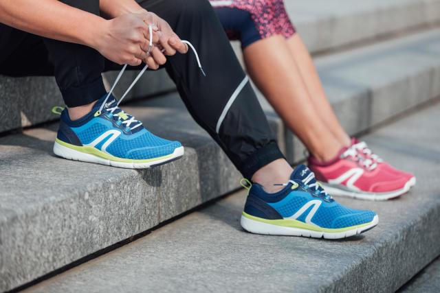 c7670c8bba3 Comment bien choisir ses chaussures de marche sportive   marche rapide