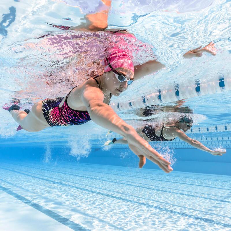 Quels accessoires de natation pour perfectionner sa technique de crawl ?