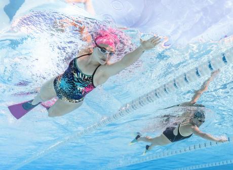 Développer son sens de l'observation en nageant à 2