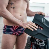Comment travailler ses abdos en natation ?