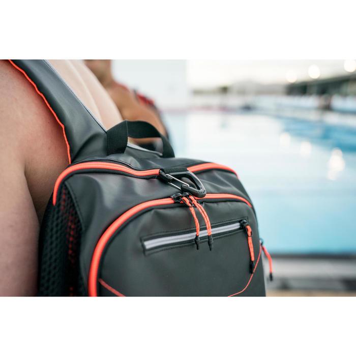 Rugzak voor zwemmen 900 40 liter zwart rood