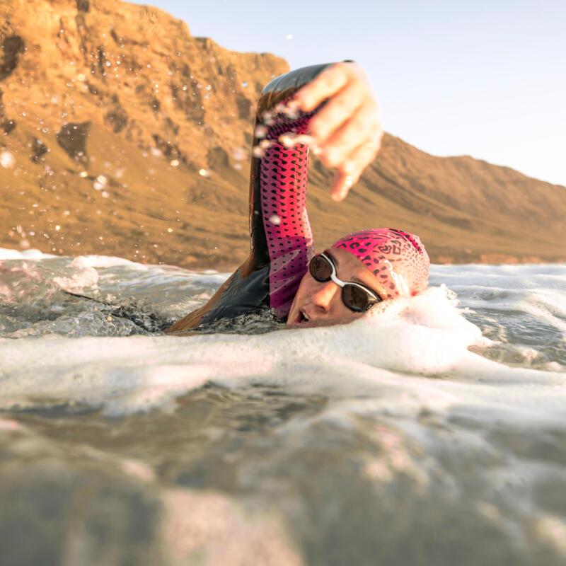 natation-eau-libre-nage-avec-bouee-de-securite