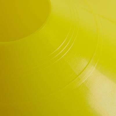 קונוסים צבעוניים מסוג TA - אריזה של 12 יחידות