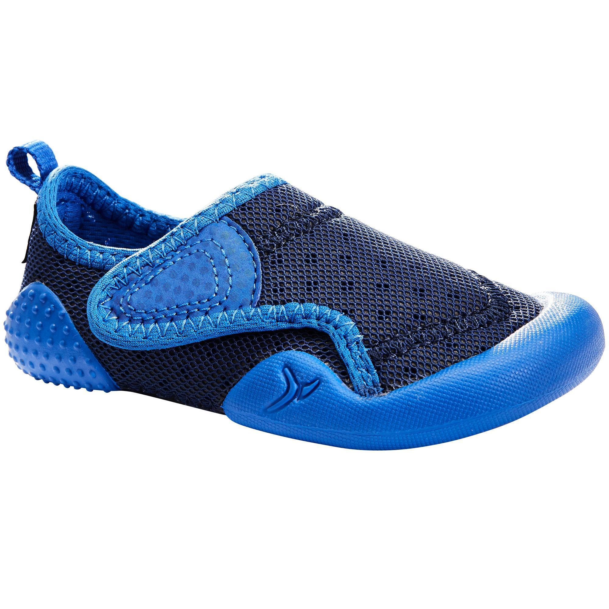 chaussons 500 babylight gym bleu domyos by decathlon. Black Bedroom Furniture Sets. Home Design Ideas