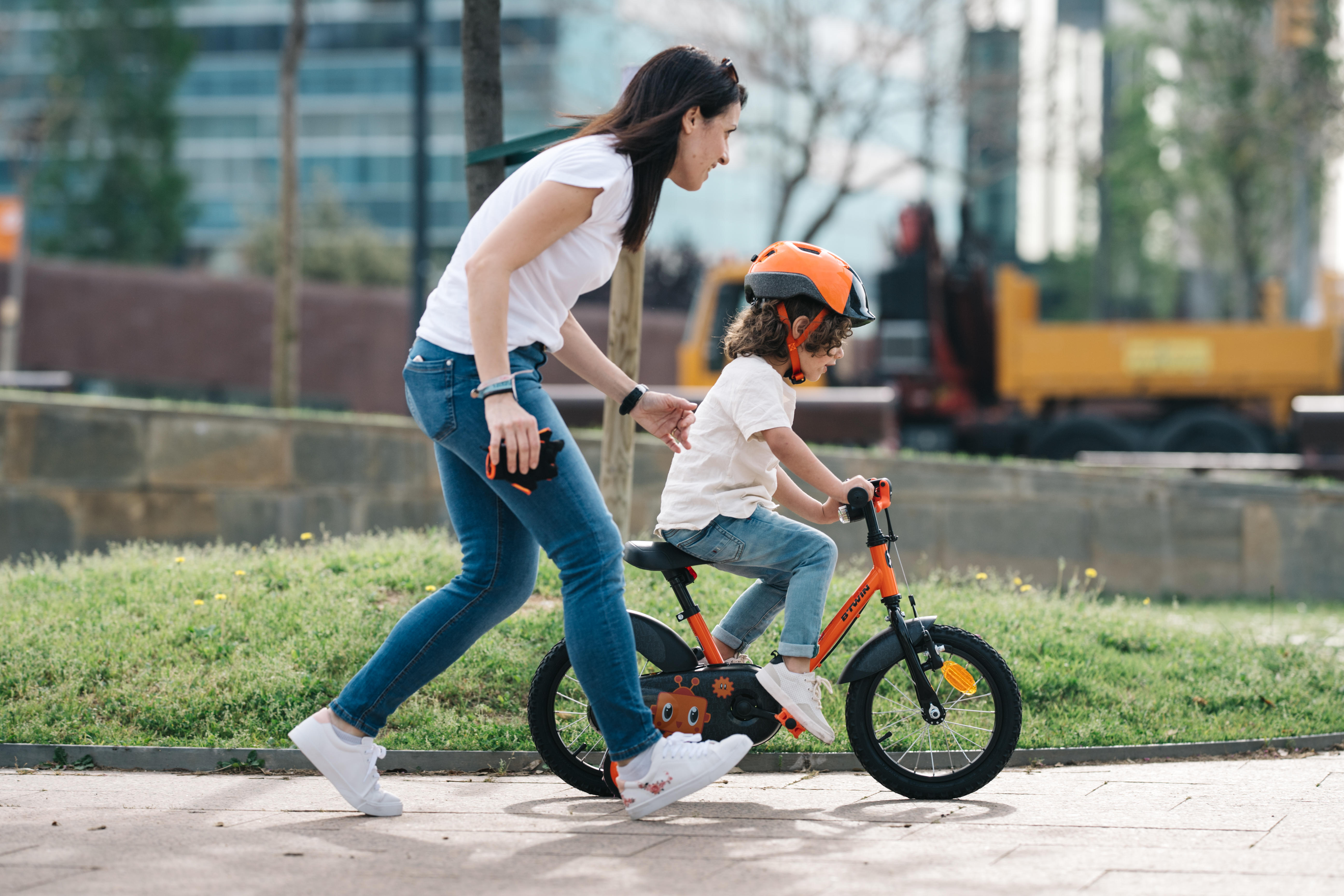 How to teach your child to ride a bike?
