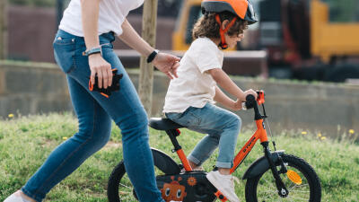 HOW-TO-TEACH-YOUR-CHILD-TO-RIDE-A-BIKE-.jpg