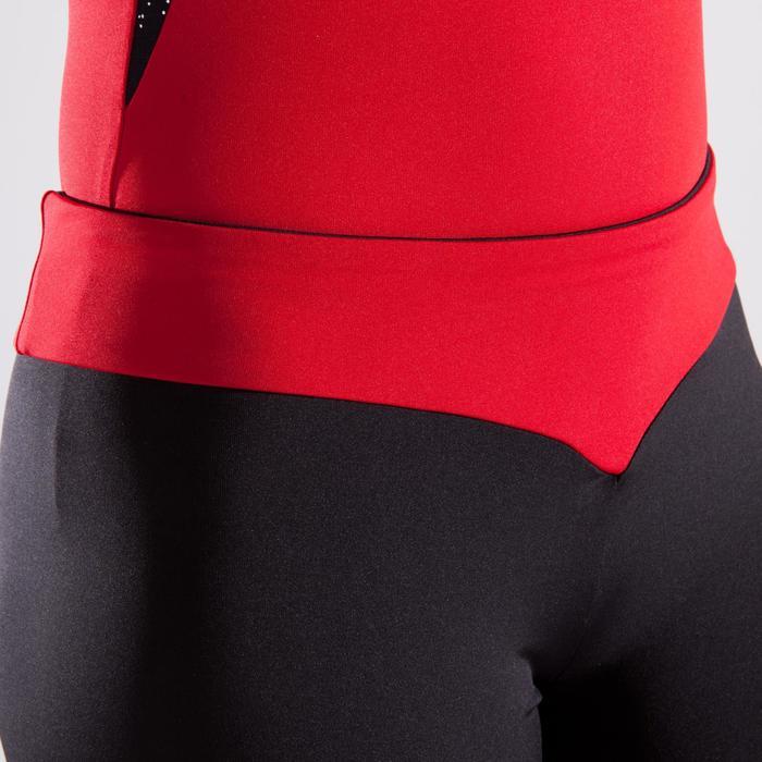Short met rode tailleband en lovertjes