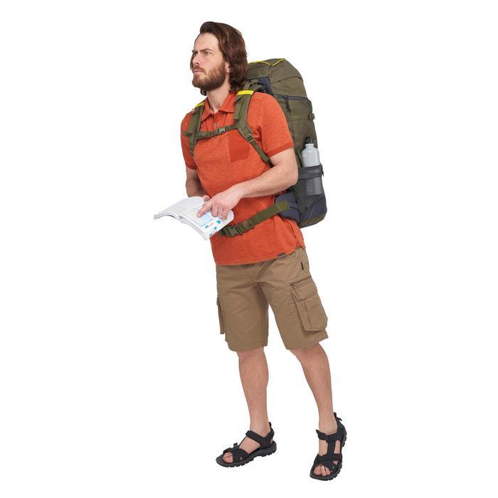 Polo de manga corta trekking TRAVEL 100 Hombre rojo