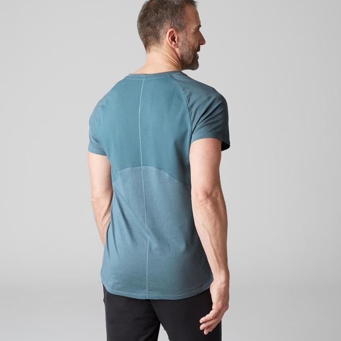 Heren T-shirt 900 voor gym en stretching slim fit V-hals blauw