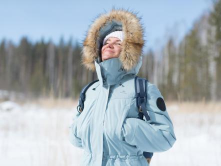 Snow%20hiking%20jacket%20-%20Fleece%20hand%20warmer%20pockets.jpg