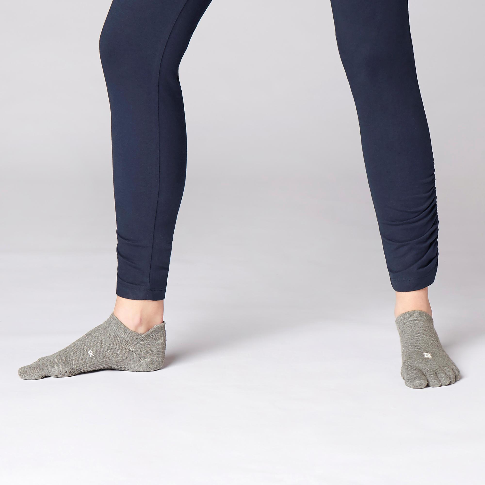 Underleaf Chaussettes de Yoga pour Femmes Cross Five Fingers Chaussettes de Yoga Coton Silicone Chaussettes antid/érapantes pour Bateau Chaussettes de Danse en Dentelle