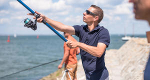 pesca na margem