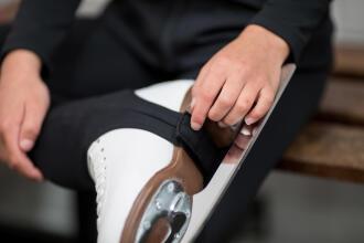 Come scegliere i pattini per il pattinaggio artistico   DECATHLON
