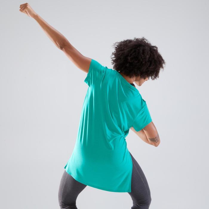 Tunique de danse, longue et ample, femme verte.