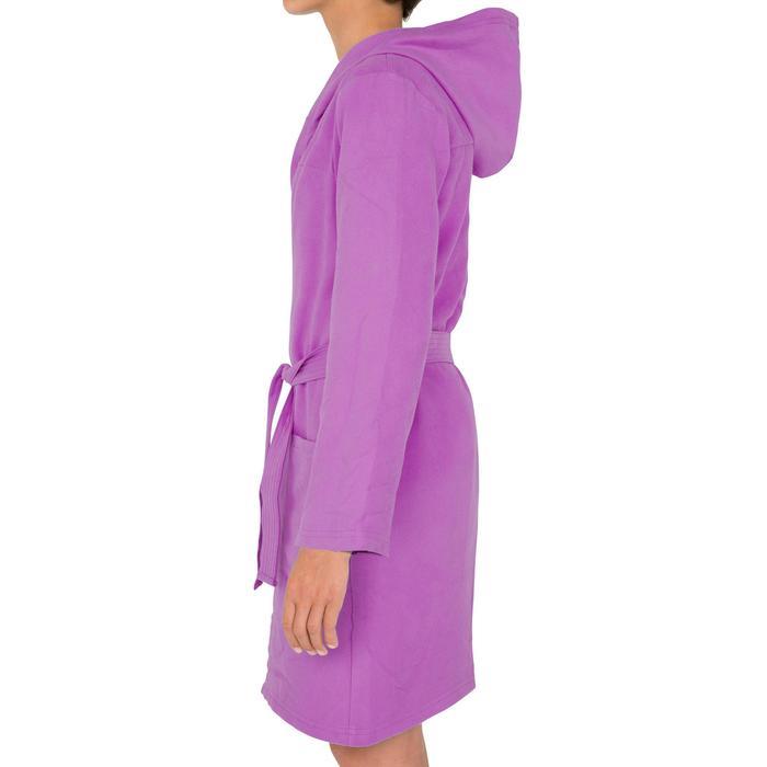 Albornoz niños microfibra violeta con capucha, bolsillos y cinturón