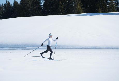 Decathlon-femme-ski-de-fond-classique