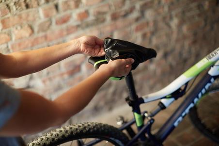 Pelindung Sadel Sepeda Anti Air - Hitam