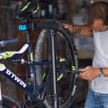 HOW TO INSTALL YOUR OWN BIKE STEM & PEDALS ?