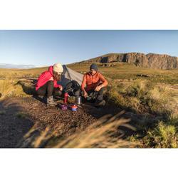 Doudoune trekking montagne TREK500 femme bleu marine