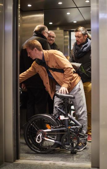 velo pliant ascenseur