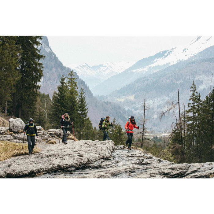 Doudoune trekking montagne TREK100 femme violet