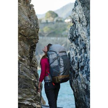 Trekrugzak voor dames Travel 500 70 liter afsluitbaar grijs