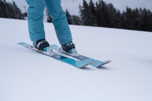 conseils-découvrir-le-ski-de-piste-témoignage-Karine-skier-a-la-bonne-période
