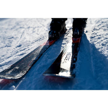 MEN'S ON-PISTE SKIS WITH BOOST 900 BINDINGS BLACK AND ORANGE