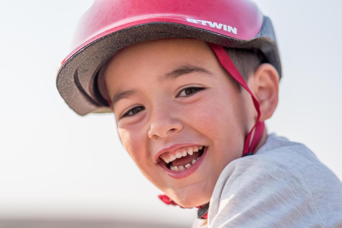 btwin_conseils-enfants-comment-entretenir-un-casque-velo-enfant-2