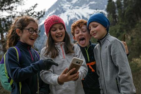 Kids' 7-15 Years Hiking Fleece MH100 - Grey