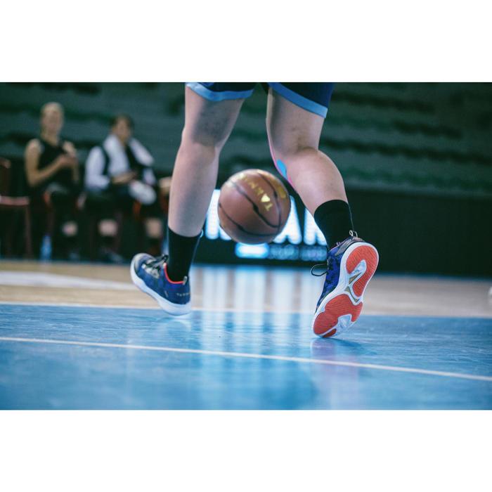 CHAUSSURE DE BASKETBALL POUR ADULTE H/F JOUEUR CONFIRME SC500 MID BLEU ROUGE OR