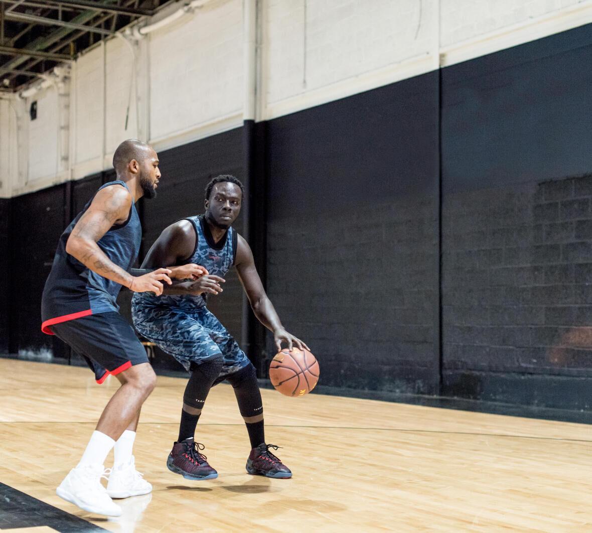 conseil pendant un match basketball