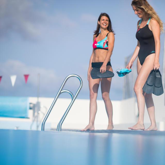 Avantages de sortir avec un nageur