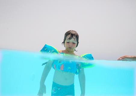 """Bērnu """"TISWIM"""" progresīvās peldēšanas roku uzlikas–josta, """"pūķu"""" apdruka, zils"""