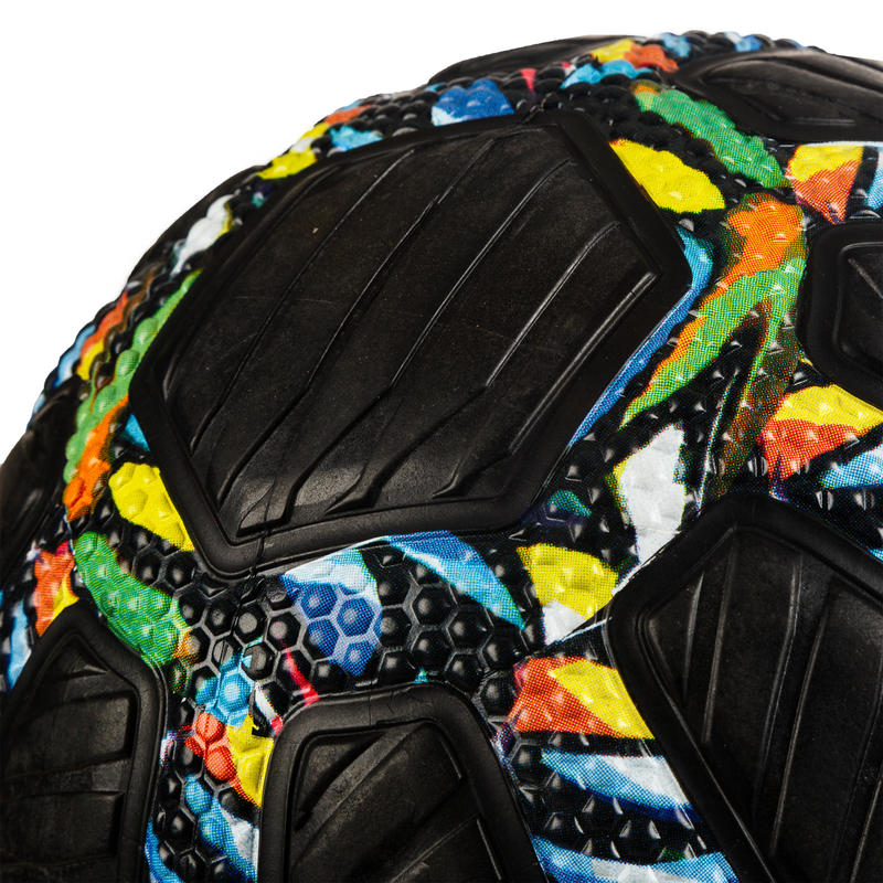 Adult Puncture-Proof Grippy Basketball R500 Size 7 - Graffiti.