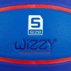 Ballon de basket enfant Wizzy blason bleu marine taille 5.