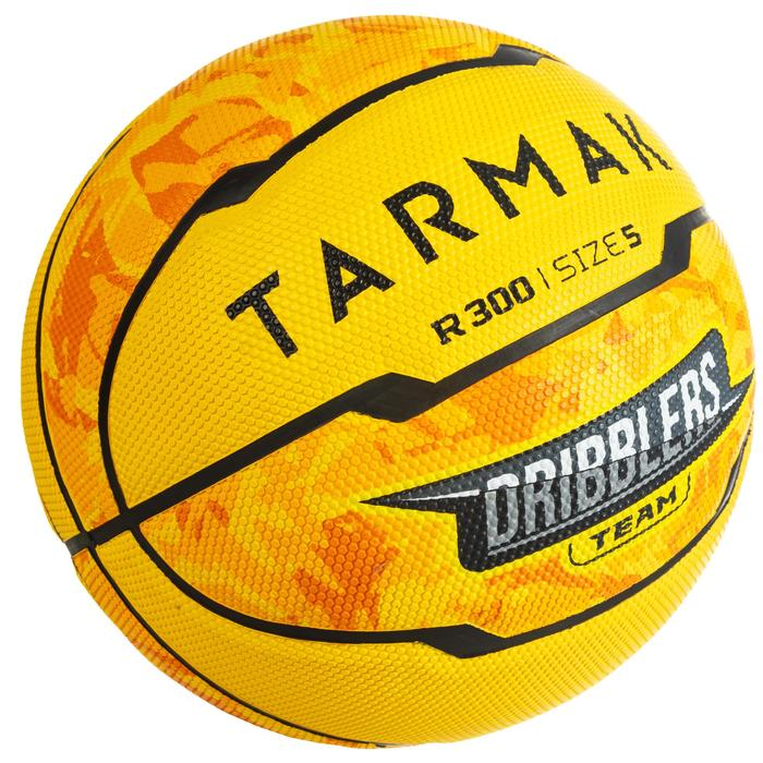 Ballon de basket enfant R300 taille 5 jaune jusqu'à 10 ans pour débuter.