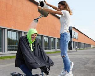 vélo ville textile pluie