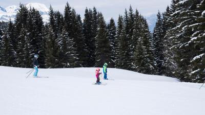 Ski%20de%20piste%20kids%20confirme.jpg