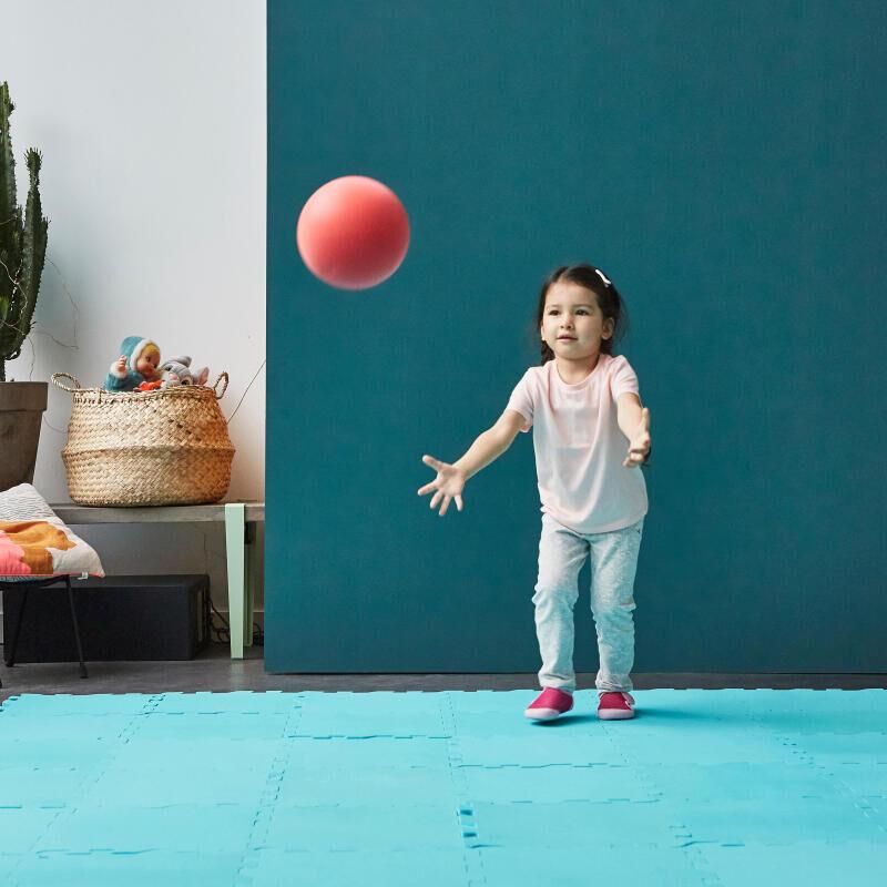 Baby Gym : apprendre à lancer