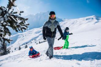 Pyrénées luge famille