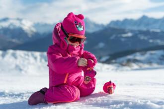 habits bébé neige