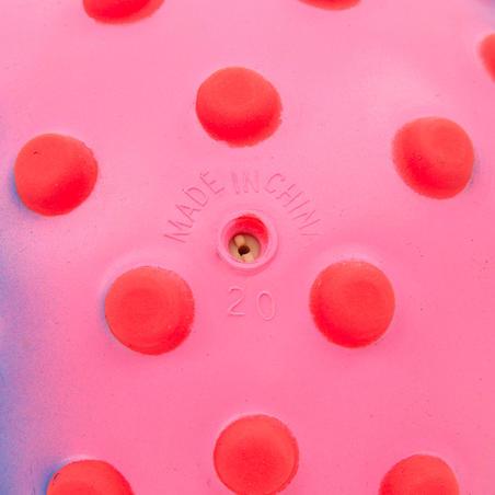Pelota pequeña acuática para bebé rosa puntos rosada