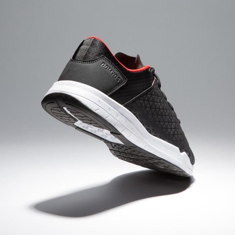 Chaussures cardio fitness training homme 500 noir et rouge